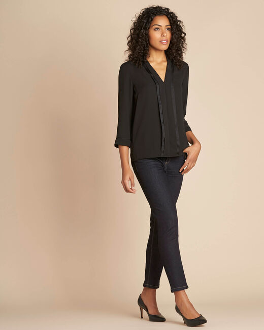 Elea black blouse with romantic neckline (2) - 1-2-3
