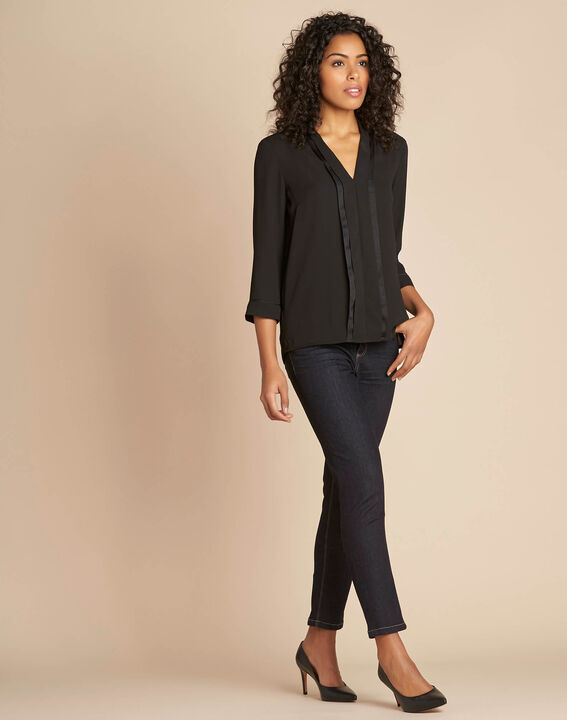 Elea black blouse with romantic neckline (3) - 1-2-3