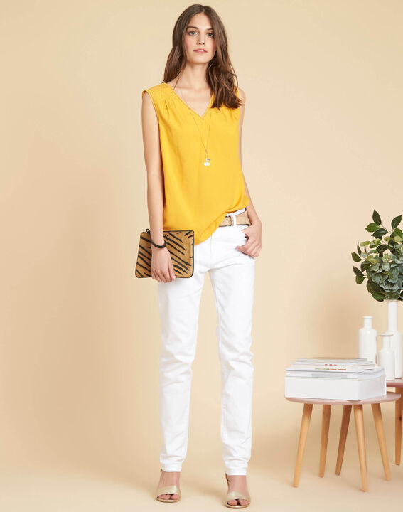 Geden yellow V-neck embroidered top (2) - 1-2-3