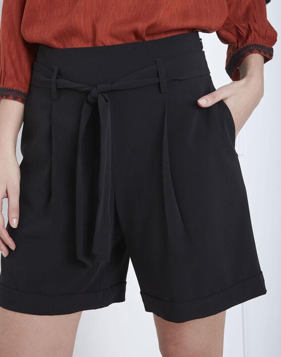 Schwarze Shorts mit Gürtel Sun (3) - Maison 123