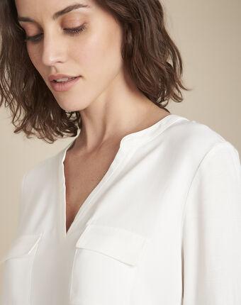 Ecrufarbenes t-shirt im materialmix mit tunika-kragen genna ecru.
