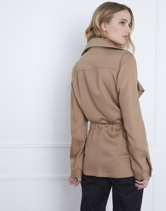 Fließende, beigefarbene Jacke mit Ösen-Detail Felicita (4) - Maison 123