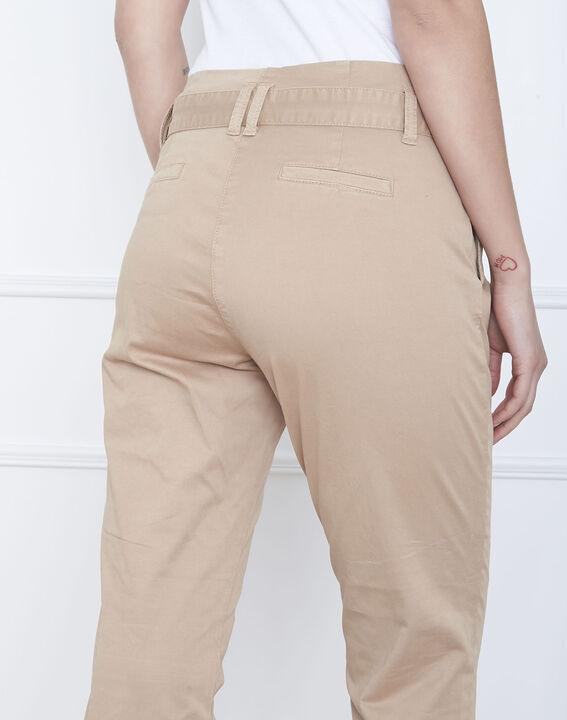 Pantalon beige chino ceinturée Clovis (4) - Maison 123