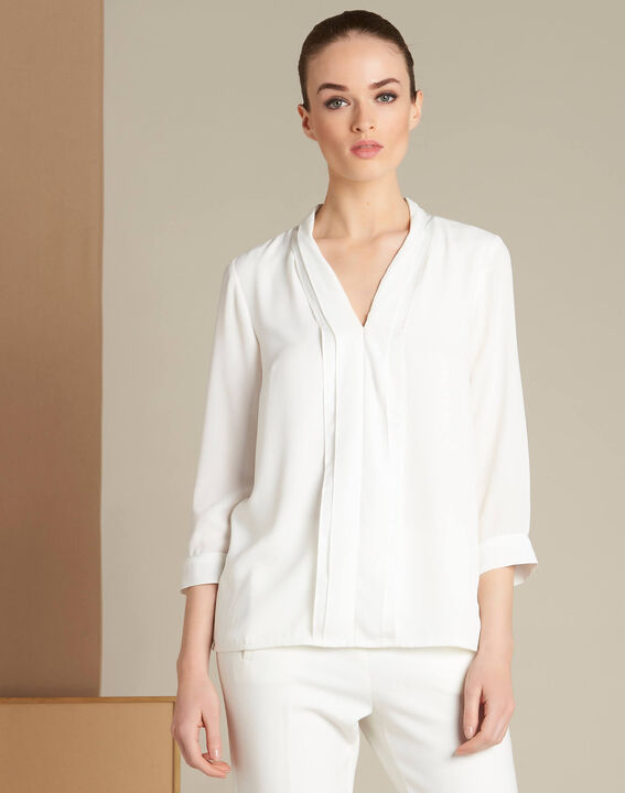 Elea ecru blouse with romantic neckline (3) - 1-2-3
