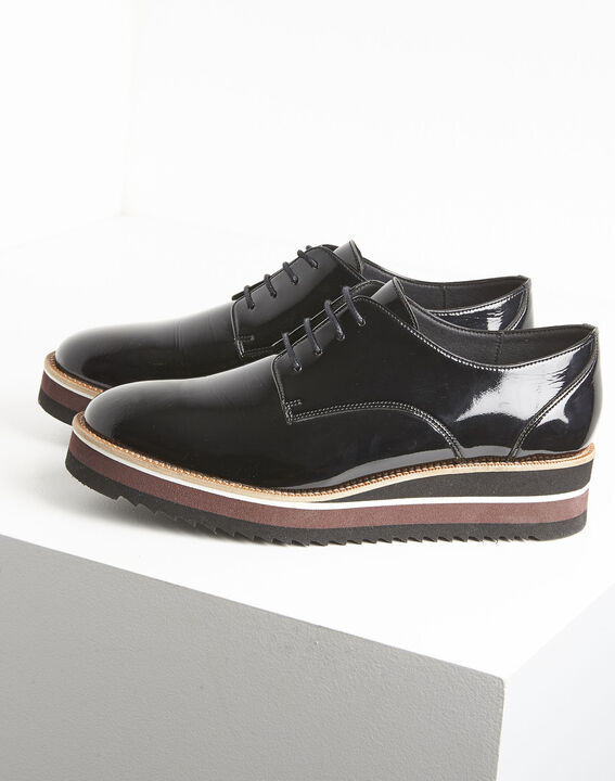 Lackierte schwarze Derby-Schuhe mit Plateau Ludivine (3) - 1-2-3