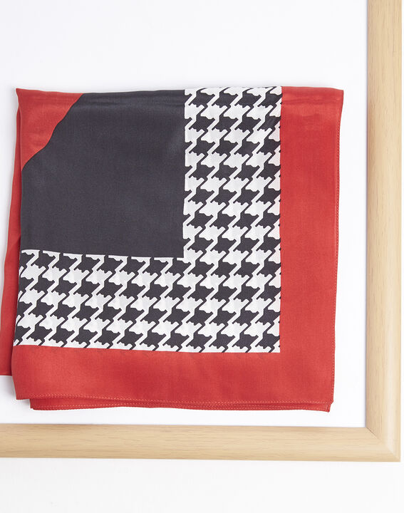 Fraise red houndstooth silk square (1) - Maison 123