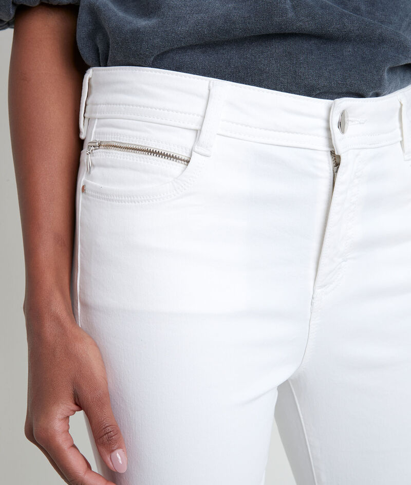 De iconische ecru slim-fit jeans van katoensatijn Sultan PhotoZ | 1-2-3