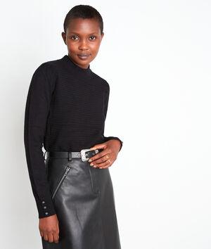 Zwarte getextureerde trui met hoge kraag en schouderplooien Trudy