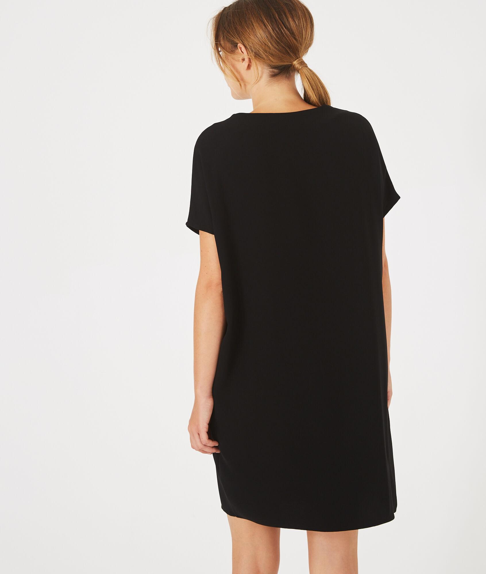 Schwarzes tunika kleid   Trendige Kleider für die Saison 2018