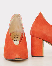 Naomi orange leather heels orange.