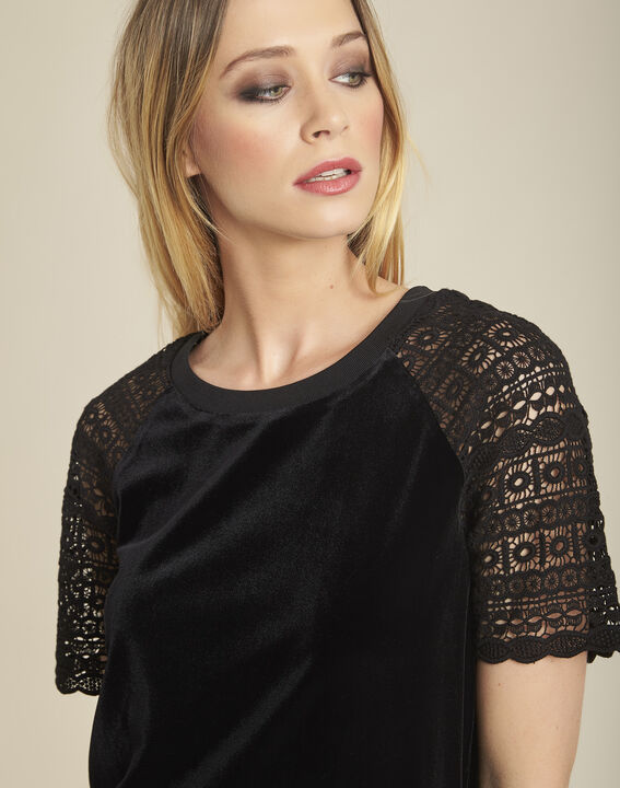Gecko black velour-effect T-shirt with guipure sleeves (3) - 1-2-3