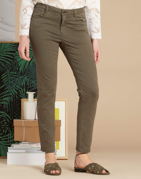Vendôme 7/8 length khaki jeans with studded detailing (3) - 1-2-3