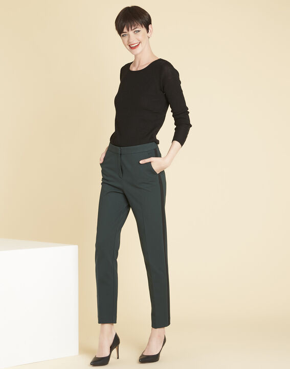 Bassus fine-knit black sweater with buttoned sleeves (2) - Maison 123