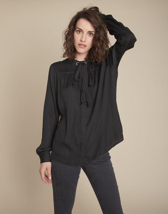 zwarte overhemd met sluiting met oogjes en sjaaltje Maud PhotoZ | 1-2-3