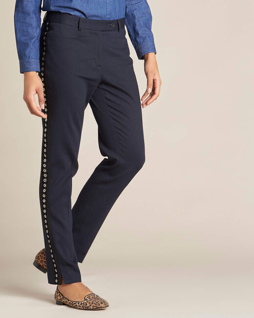 Pantalon de tailleur marine et sa bande latérale oeillets Valero (2) - 1-2-3