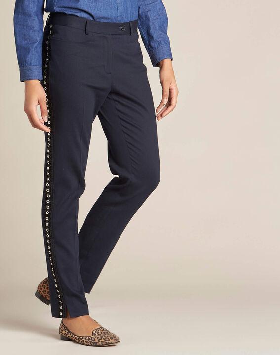 Pantalon de tailleur marine et sa bande latérale oeillets Valero (3) - 1-2-3