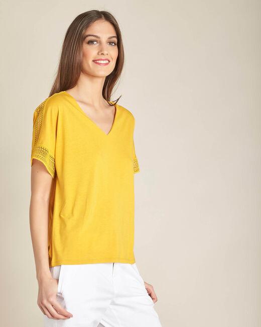 Tee-shirt jaune en dentelle Estelle (1) - 1-2-3