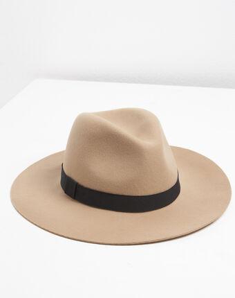Chapeau en feutre laine uma bouton d`or.