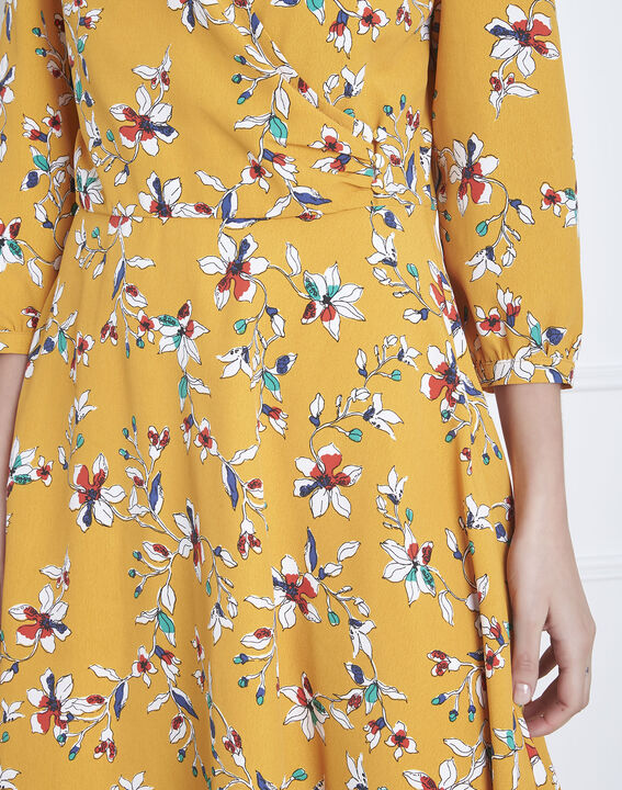 Robe jaune imprimé fleuri portefeuille Laurene (4) - Maison 123