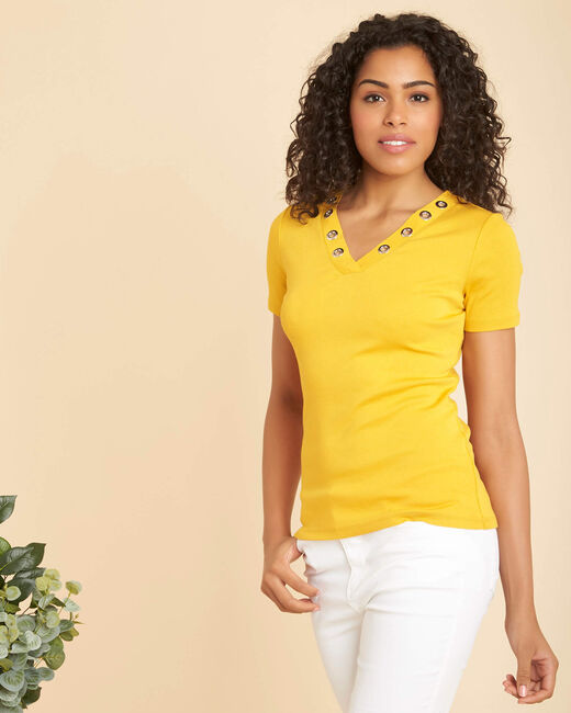 Basic yellow T-shirt with eyelets on the V-neckline (2) - 1-2-3