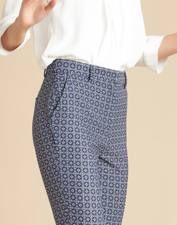 Viva 7/8 length slim-cut trousers with graphic print PhotoZ | 1-2-3