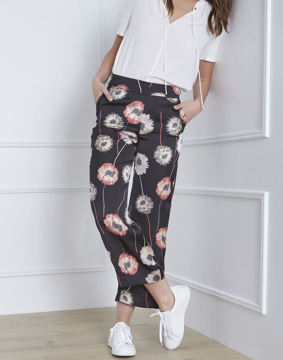 Pantalon noir imprimé fleuri effet satin Gama PhotoZ | 1-2-3
