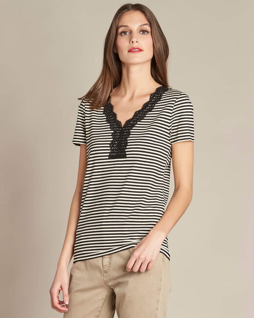 Emoi striped ecru T-shirt with lace neckline (2) - 1-2-3