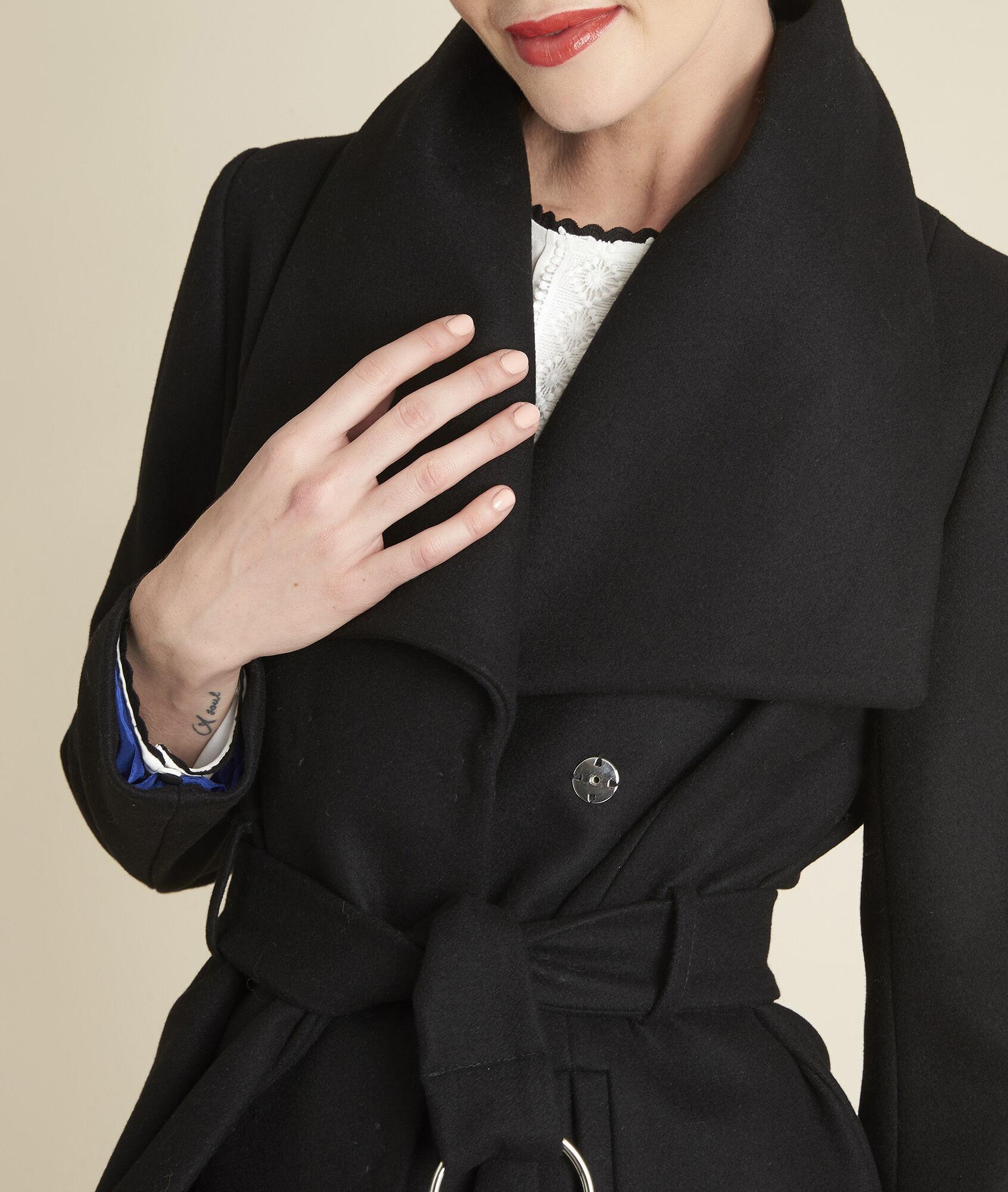 Mantel mit gurtel und schalkragen