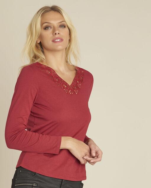 Tee-shirt rouge encolure décorée Guipure (1) - 1-2-3