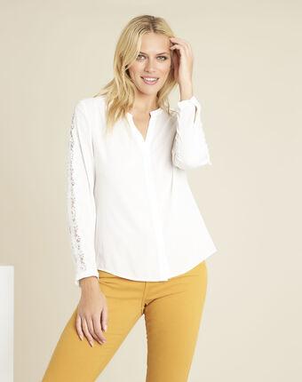 Ecru blouse met kanten inzetstukken claudia ecru.