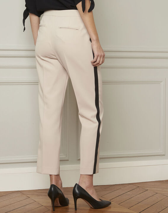 Suzanne cream trousers with a black microfibre band (3) - 1-2-3