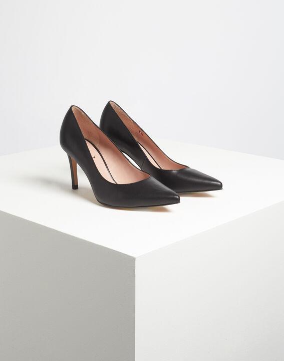 Kelly pointed black leather heels PhotoZ | 1-2-3