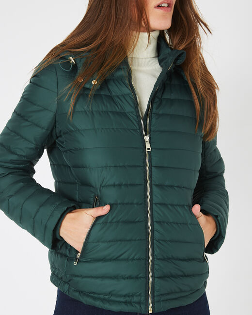 Louise short quilted jacket in forest green with a rounded collar (1) - 1-2-3