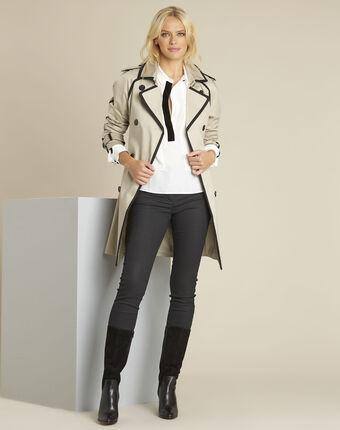 Ecrufarbene bluse mit kontrastfarbenem schrägband cali ecru.