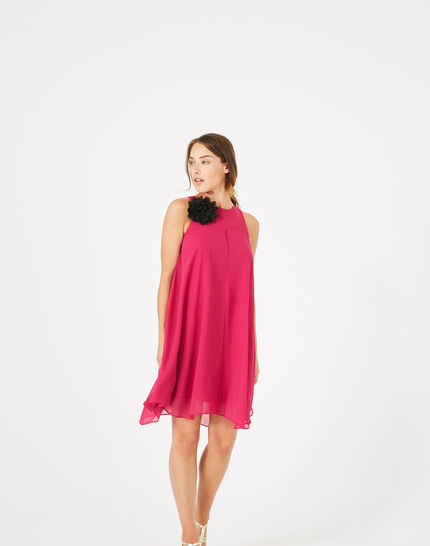 Fuchsienrotes Kleid mit Blume an der Schulter Garance (5) - 1-2-3