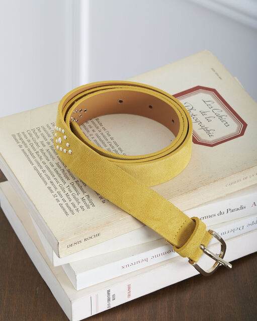 20ac141120d Ceinture jaune en cuir effet velours détails cloutés Kalipso (1) - Maison  123