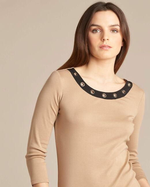 Basic camel T-shirt with rounded neckline and eyelets (1) - 1-2-3