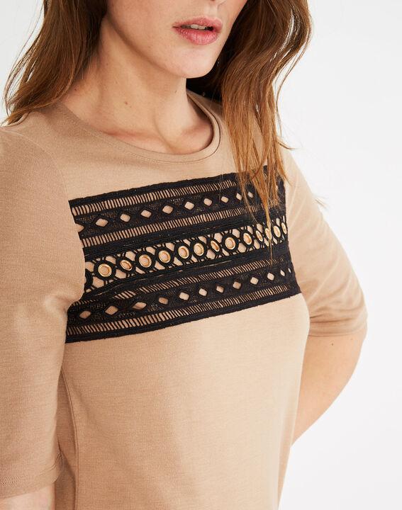 Camelfarbenes T-Shirt mit Spitzeneinsätzen und Ösen Baie PhotoZ | 1-2-3