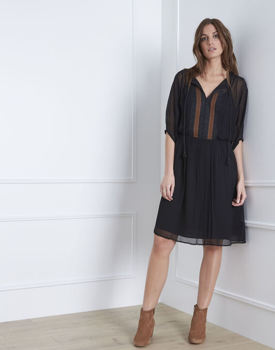 Zwarte geborduurde jurk Lotus PhotoZ | 1-2-3
