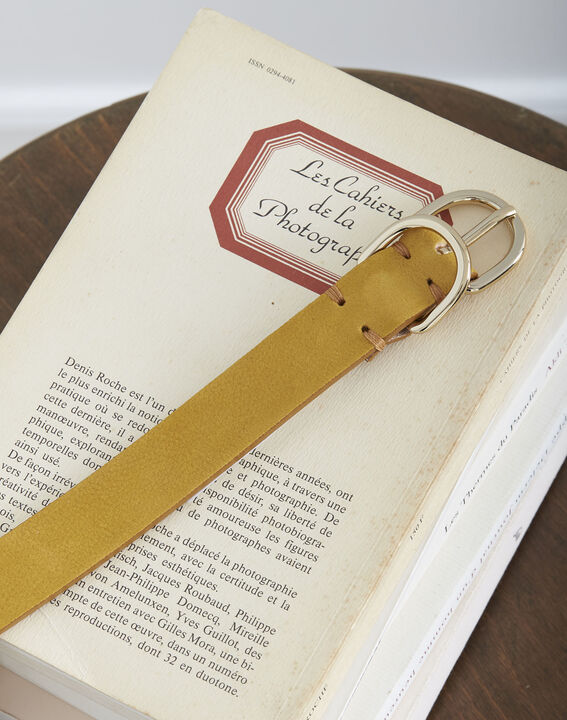 Schmaler gelber Ledergürtel mit Doppelschnalle Quorentin (2) - Maison 123