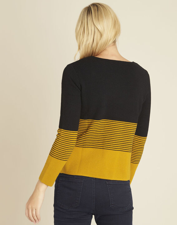 Bico ochre fine-knit sweater with patch pockets (4) - 1-2-3