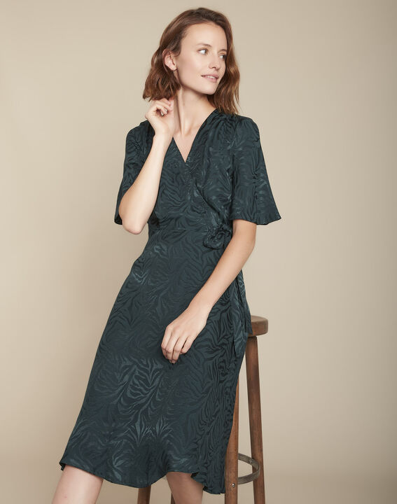 Zypressengrünes, weich fallendes Kleid aus Jacquard Roda PhotoZ | 1-2-3