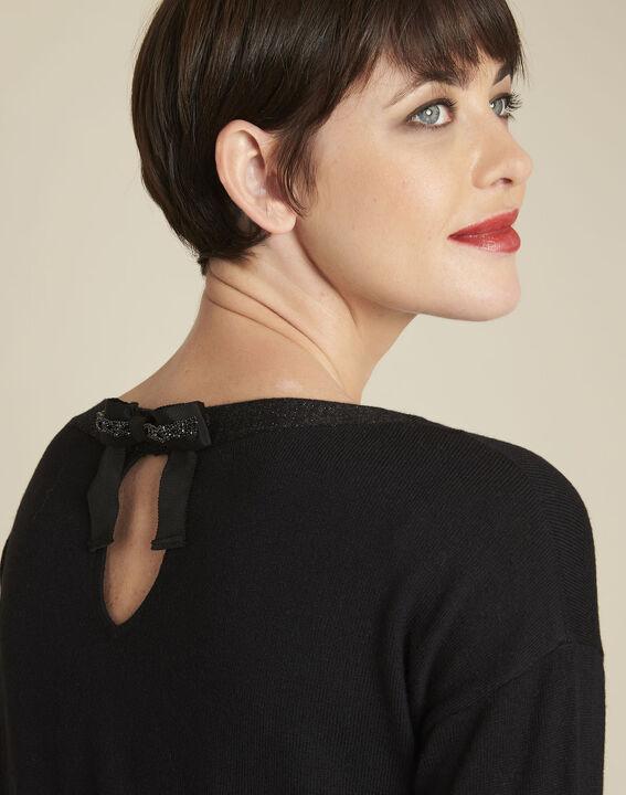 Schwarzer Pullover mit schillerndem Ausschnitt aus Wollgemisch Beryl (3) - Maison 123