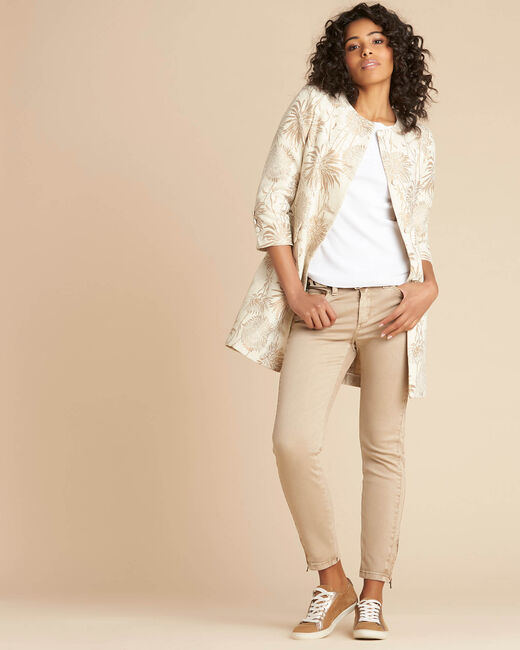 Langer beigefarbener Mantel mit Print Kamelia (1) - 1-2-3
