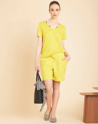 Elin yellow anise linen t-shirt with decorative neckline aniseed.