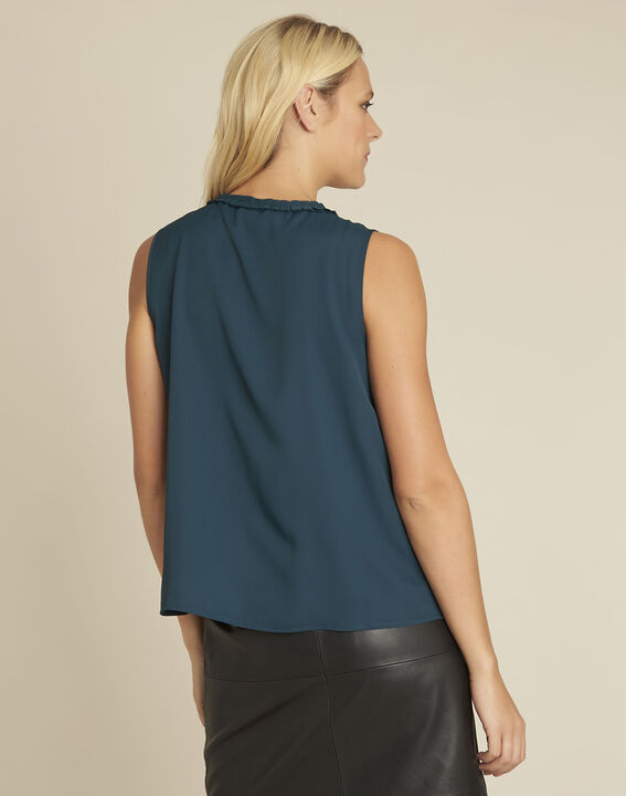 Fanette green top with decorative neckline (4) - 1-2-3