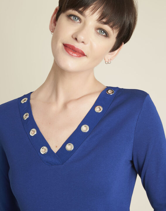 Basic blue t-shirt with V-neck eyelet neckline (3) - 1-2-3