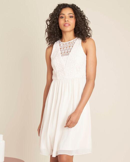 Puderfarbenes Kleid mit Spitzenausschnitt Ibiza (2) - 1-2-3
