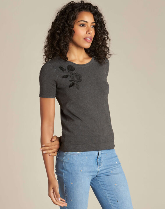 Novella embroidered grey sweater with short sleeves (3) - 1-2-3