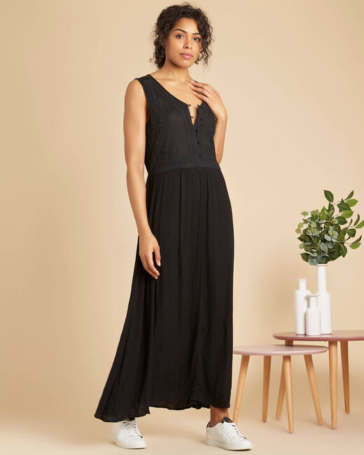 Pirogue long embroidered black dress (2) - 1-2-3